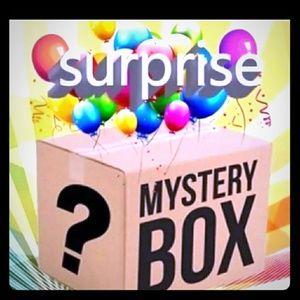 Mystery Box 🎉🎉